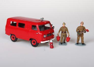 АШ пожарный оперативно-штабной автомобиль на базе санитарного УАЗ-450А