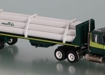 Freightliner FLС 112 «Air Products» truck tractor with 2-axle semi-trailer TF 200