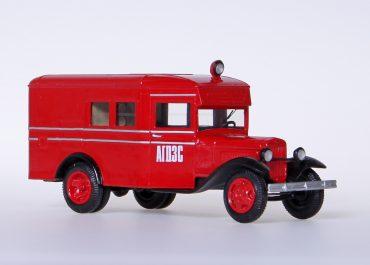 Пожарный автомобиль газодымозащитной службы на шасси ГАЗ-АА