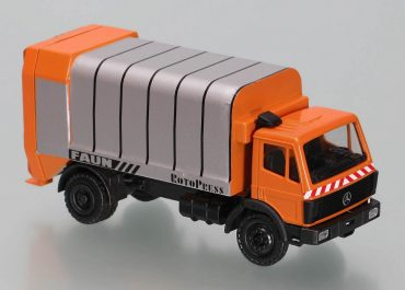 FAUN RotoPress 205-16.0 garbage truck on the chassis Mercedes-Benz SK 1728