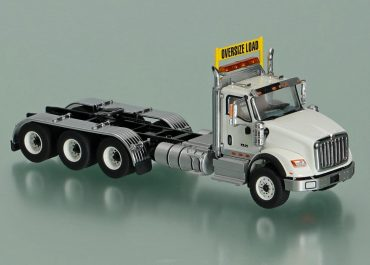 International HX620 Day Cab heavy truck tractor with 3-Axle cart Tridem