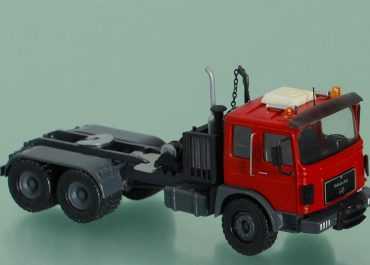 MAN F8 40.440 DFAS heavy saddle-ballast tractor