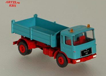 MAN F8 16.215 FK construction three-way dump truck Meiller Kipper