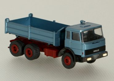 IVECO Magirus Turbo 260-30 K three-way construction dump truck Meiller Kipper