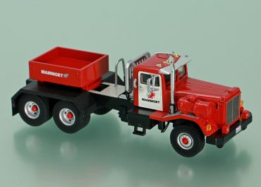 Kenworth 848 Mammoet USA heavy saddle-ballast tractor