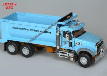 Mack Granite GU713 «City of Chicago Sanitation» rear dump truck TebcoKY