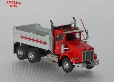 Kemworth T800 construction rear dump truck