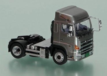 Hino Profia SH truck tractor with high roof