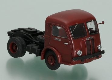 Panhard Movic truck tractor