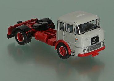 Krupp SF 1080 Highway truck tractor