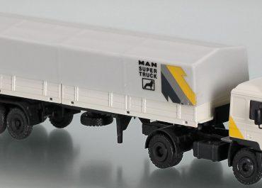 MAN F 90 19.362 FS truck tractor with flatbed semi-trailer